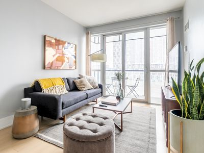 Photo for Luxury Living In King West