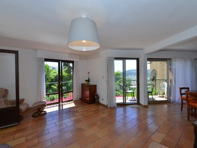 Photo for Charming Provencal apartment, with balcony and garden