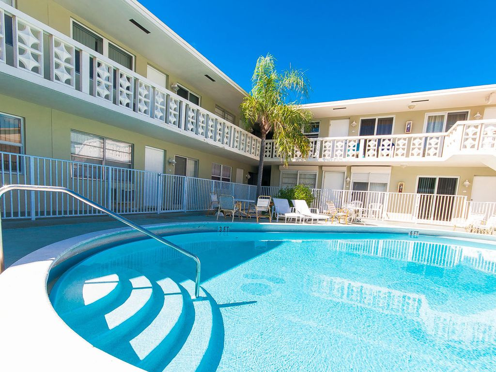 Cute 1 Bedroom Apartment Close To The Homeaway Pompano Beach