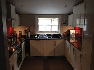 Photo for 2 Bed, 2 Bath Flat Fantastically Located In Pimlico
