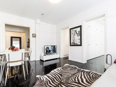 Photo for Two Bedroom Apartment in Elizabeth Bay/Potts Point