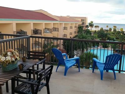 Photo for Family-friendly with 2 bedrooms & 2.5 baths 3 Pools Usable Balcony