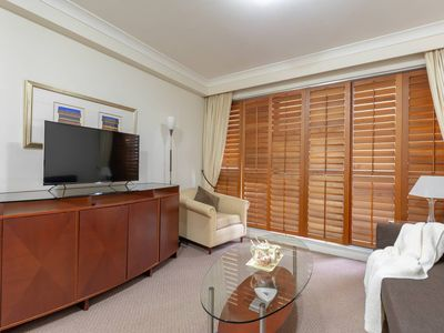 Photo for 1BR Apartment Vacation Rental in Sydney