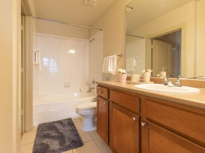 Photo for YnV | EXTRA CLEAN 1BR/1BA | Galleria/MedCenter