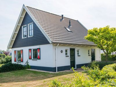 Photo for Luxury Bungalow in the holiday park Landal Duinpark 't Hof van Haamstede - Open-air swimming pool (May till August)