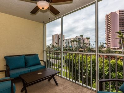 Photo for Lovely 2 bedroom condo on south end, close to beach