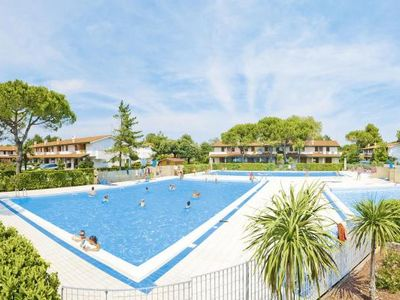 Photo for Holiday resort Villaggio Danubio, Bibione Spiaggia  in Venetische Adria - 7 persons, 3 bedrooms