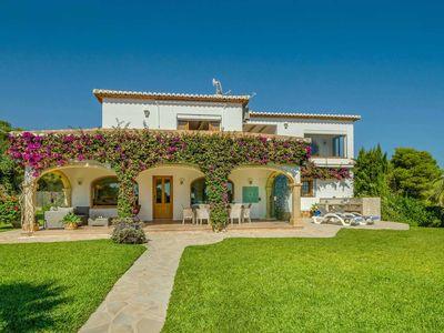 Photo for 4 bed signature villa with sea views and PS3