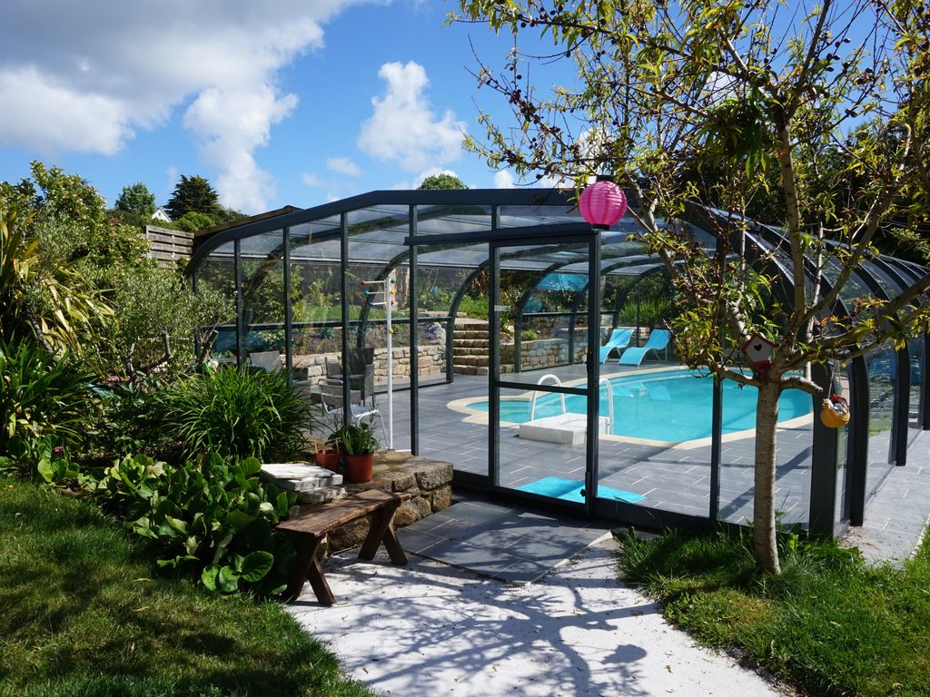 Property Image#3 SEASIDE HOUSE WITH COVERED SWIMMING POOL 10 To 12 People
