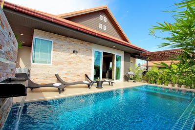 Family Suit 3 Bedroom With Private Pool