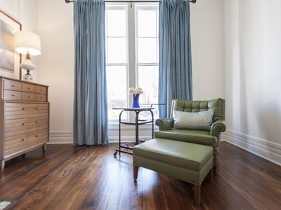 2BR ELEGANT & BRIGHT FRANKFORT AVE-GREAT AND TRENDY LOCATION!!!