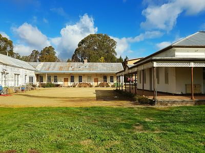 Photo for 1BR House Vacation Rental in Beechworth, VIC