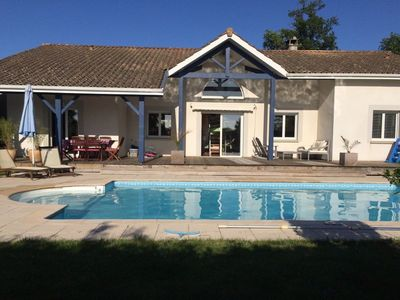 Photo for House Lege Bourg in peace with swimming pool - Cap Ferret