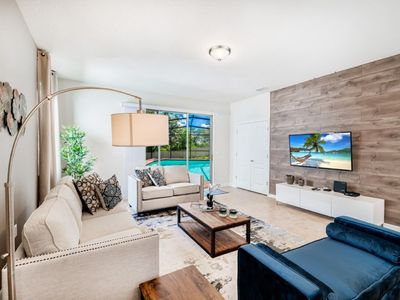 Photo for New and beautifully decorated  6 bedroom home, Windsor at Westside