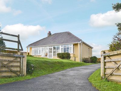 Photo for 4 bedroom property in Preseli Hills. Pet friendly.