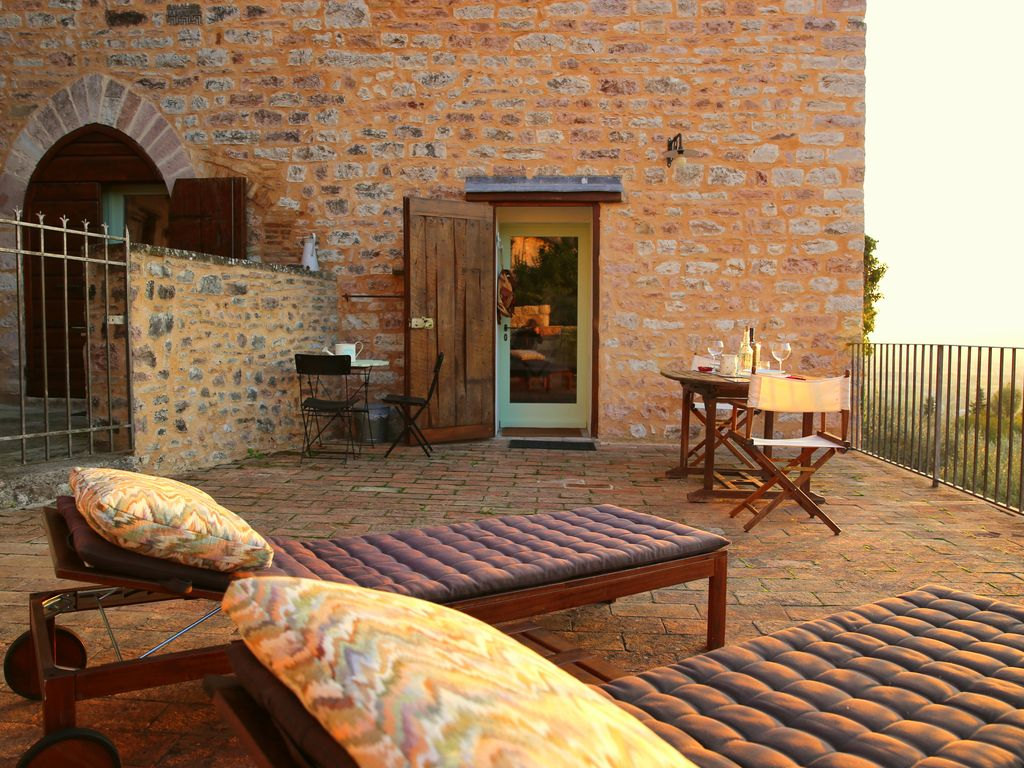 Spello Holiday Apartment: Romantic historical residence with
