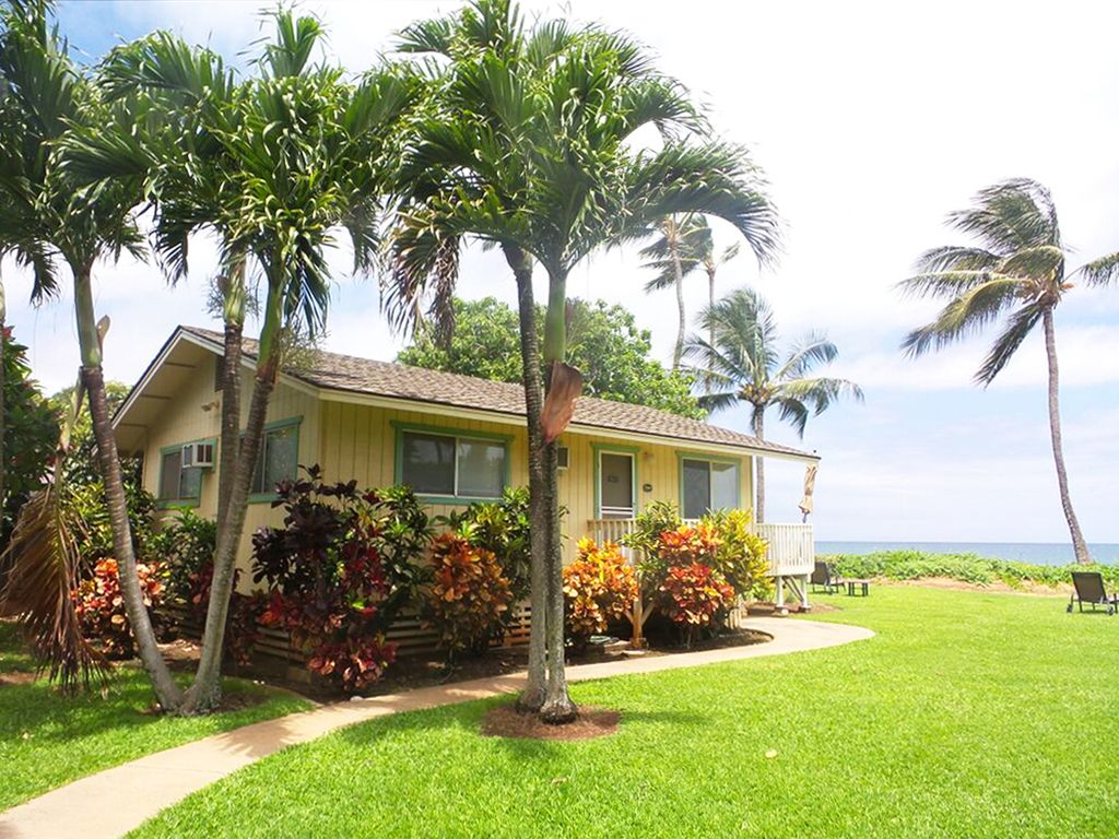 Maui north shore oceanfront cottage vrbo for North shore cabin rentals