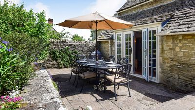 Photo for Cotswold Cottage, Coln St Aldwyns, Cotswolds - sleeps 6 guests  in 3 bedrooms