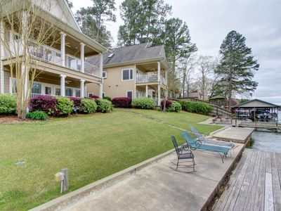 Photo for Better Price than a Hotel! 4Br/3Ba Lakefront Home Sleeps 12