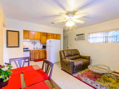 GREAT PRICE: quiet one bedroom apt, private patio; trees; close to UF & downtown