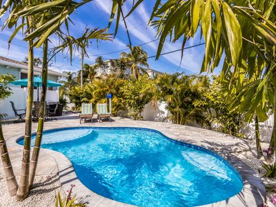 Queen Palm: Private Heated Pool, Close to Everything, 2 Blocks to the Gulf!