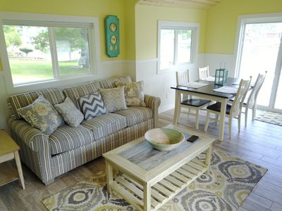 OAK - Grace Landing Cottages With Stunning Sunsets Over Hamlin Lake
