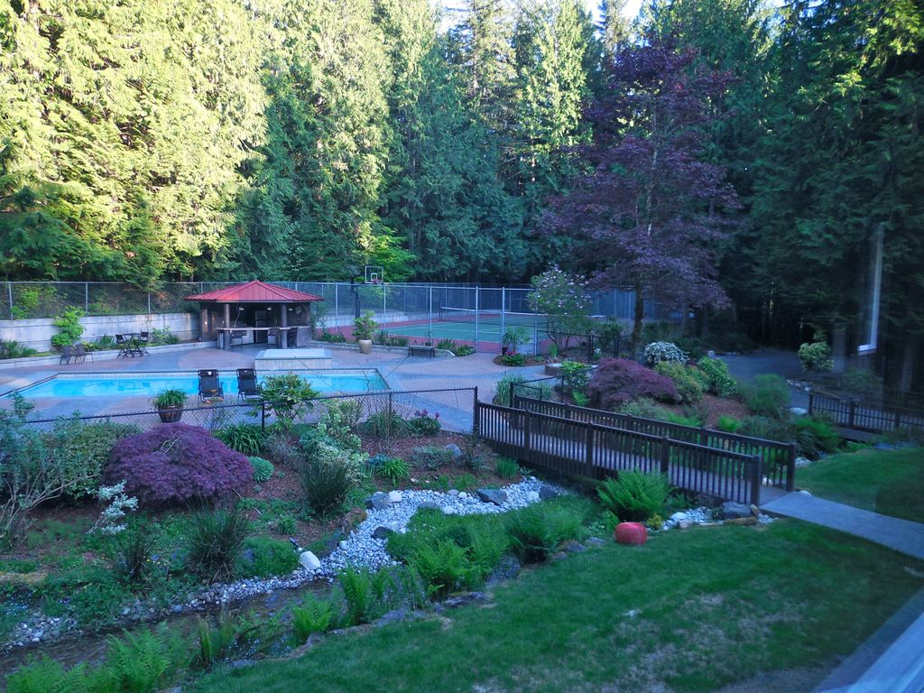 executive home in the forest vrbo