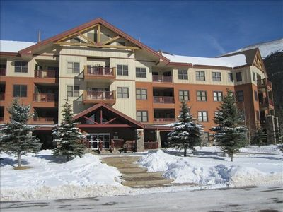 Photo for Premium Ski-in/out First Floor condo with Mountain Views