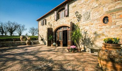 Photo for 6BR Cottage Vacation Rental in Gaiole In Chianti, Toscana