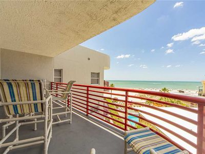 Photo for Remodeled & Updated Large Top Floor Unit - Perfect for Family Getaways! - Free WiFi - Crimson