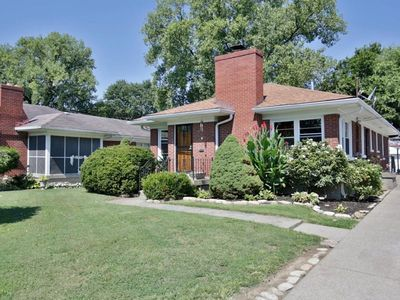 Photo for 3 BEDROOM 2.5 MILES FROM CHURCHILL DOWNS