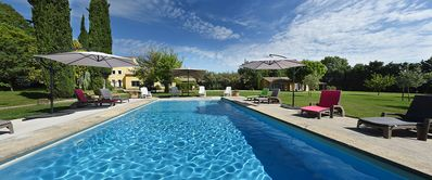 "Photo for ""Les Oliviers"": Lovely Independent Mas nestled in the heart of Vaucluse"