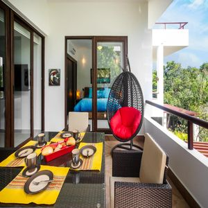Photo for Deluxe Tropical View - Feel the Breeze of Pool!