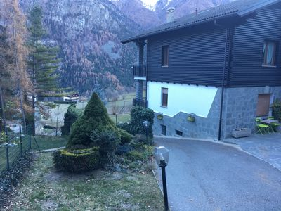 Photo for Apartment surrounded by greenery just minutes from the ski slopes
