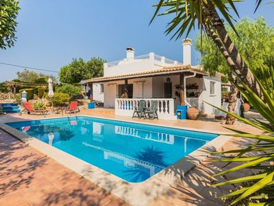 Photo for Luxury villa for 6 people, Moncarapacho Algarve, with private pool and free wifi