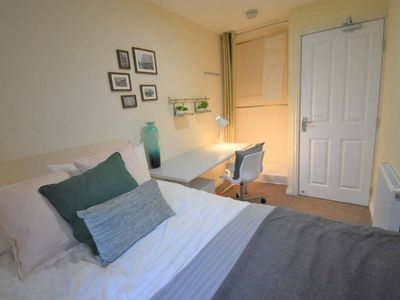 Photo for Double Bedroom In Immaculately Presented House