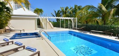 Villa Captain Cook  -  Ocean View - Located in  Wonderful Pointe Milou with Private Pool