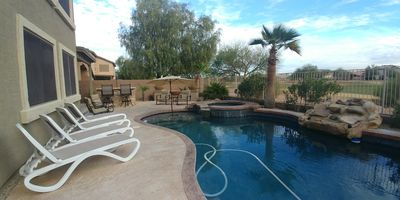 Luxurious 3000sq Ft 4 Bdr House with Heated Pool & Spa no extra charge