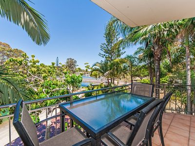 Photo for Noosa Sound Accommodation, 2/1 Noosa Pde