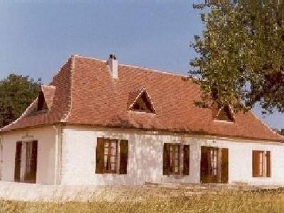 Photo for Quiet cottage of the Perigord, 600 m away from the Villereal fortified village