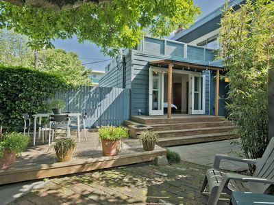 Photo for Modern Unit 3 blocks to the Capitol Hill light-rail - Private outdoor BBQ area