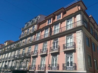 Photo for Modern Chiado Elevator+Aircond 2BR 2Bath and Parking (under request)