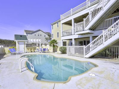 Photo for Southern Shores - Semi-Oceanfront - Check-In: Sun