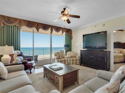 Living Area with Flat Screen TV and Amazing Views