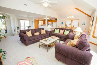 Airy, bright, clean and spacious open concept great room/kitchen.