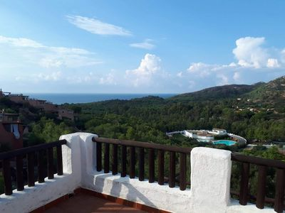 Photo for Beautiful apartment with sea view  on a hill in Sardinia (Cerdeña), Italy.