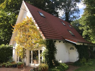 Photo for Family-friendly cottage in Blankenese