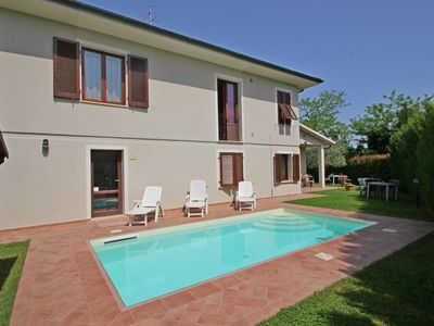 Photo for House for 8 People with Private Pool in San Miniato