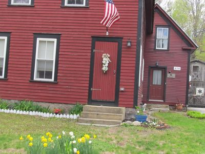 Family Friendly Farmhouse- 5 minutes to North Conway & all mountain activities