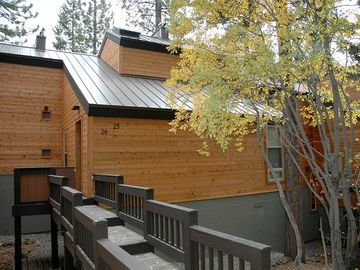 Villas # 26: 2 BR / 1 BA condo/townhouse in Tahoe City, Sleeps 6